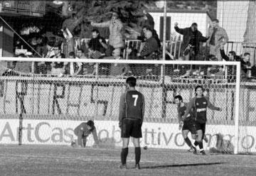 Festa nerazzurra dopo il 4°, decisivo, gol di Mazzei