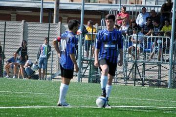 Iannolo e Shaba battono il calcio d'inizio