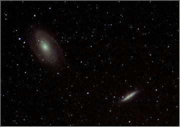 Situées dans la constellation de la Grande Ourse, les galaxies M81 & M82 vues de tinfou au Maroc