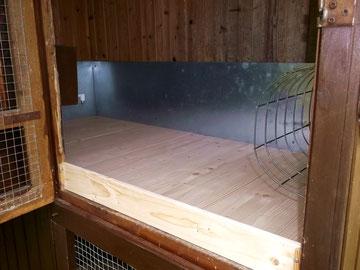 ein kaninchenstall anbau wird geschreinert. Black Bedroom Furniture Sets. Home Design Ideas