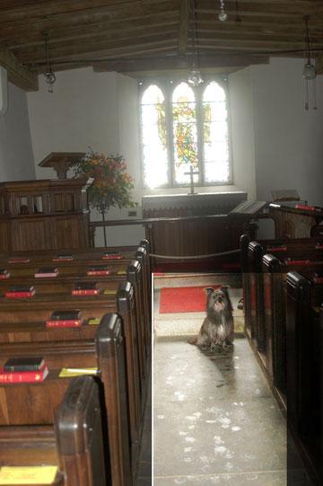 Lady ist in der Kapelle von St. Michael (wie dieser Teil der Brenton Church heisst)