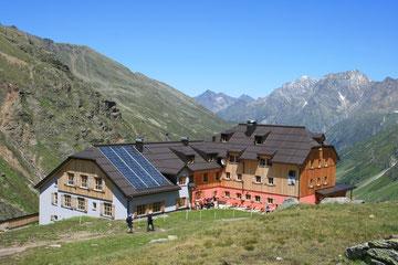 Taschachhaus (2434 m)