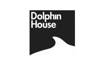 Dolphin House logotipo Por Diseño Ico