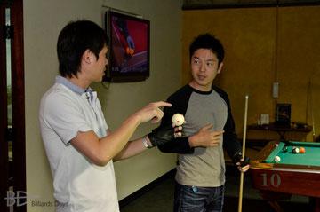 赤狩山幸男プロ(左)&西尾祐プロ