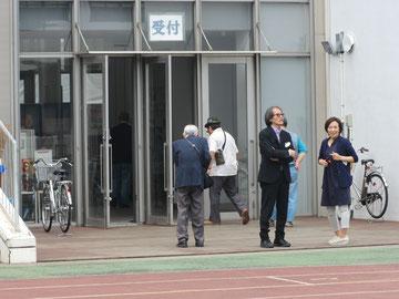 希望のバトン作曲者の西澤さんと役員の井上さん