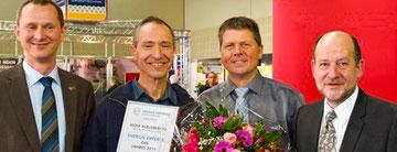 Stolz wie Wolf: der Energie Experte 2011 wird direkt von seinen Kunden gewählt. Foto © Ute Dechantsreiter