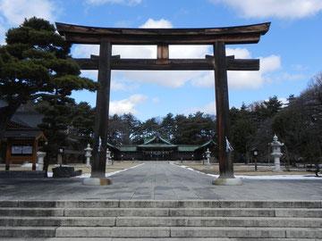 弐之鳥居と拝殿