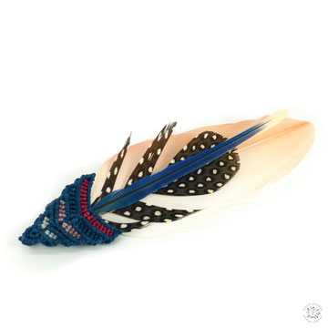 Broche macramé plume