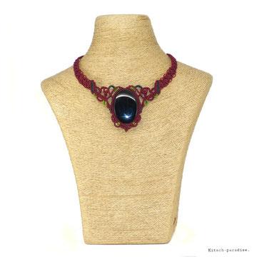kp kitsch-paradise artisans créateurs collier  obsidienne macramé création tissage micromacramé couleur nature art colle dentelle