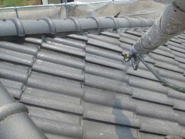 屋根塗装状況。 吹き付け