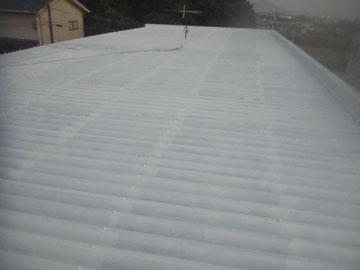 金属屋根の錆止め塗装完了。エポキシ錆止め