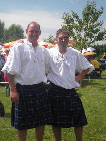 """Das erste offizielle Bild der gründer der """"Smallhill Highlanders"""""""