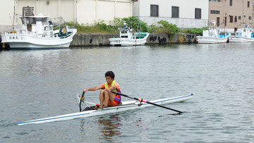 小樽勝納運河で練習する藤崎選手