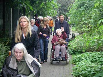 """Mitglieder des LC Niederrhein besuchen mit den Bewohnern von Haus Golten den Park """"Plantaria"""" 2008"""
