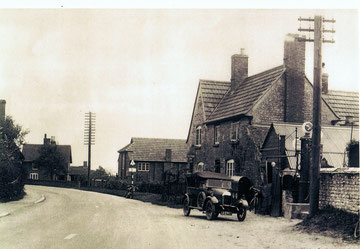 Southam Rd, 1930's (?)    (photo provided by Elaine Brain)