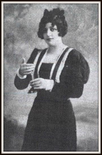 Giacomo Puccini LA BOHÈME  (Mimì)