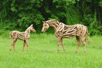 """""""Stute mit Fohlen"""" Driftwood Art Horse von Abdul Ghofur"""