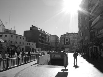 Plaza las Fraguas 2012 (misma vista que fotografía anterior) por Oliver