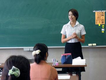 須賀川市「市民講座」にてネイル講座