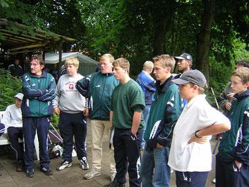 Siegerehrung in Kiel und Pokale für die Möven