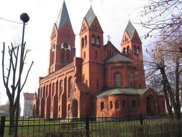 Бывшая Реформистская кирха сейчас православный храм