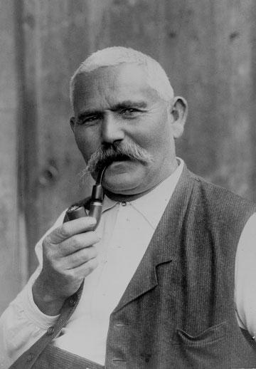 "Jakob Brogle, ""Stäffe-Jokeb"" (Foto: W. Ochs-Walde; 1925)"
