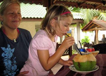 Herrlich frische Kokosnussmilch