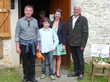 De gauche à droite : Robert DORANGE, président du comité des fêtes d'Espédaillac, Madame Véronique LAURENT-ALBESA, Sous-Préfète de l'arrondissement de FIGEAC, Gérard MAGNé, maire d'Espédaillac