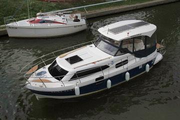 Hausboot NAWIGATOR 999 barrierefrei | 5+1 Kojen, 2 Schlafkabinen