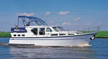 Hausboot PEDRO SKIRON - Typ 3 | 4 Kojen, 2 Schlafkabinen | ohne Führerschein
