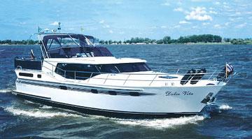 Hausboot VACANCE 1200 - Dolce Vita | 6+2 Kojen, 3 Schlafkabinen | ohne Führerschein