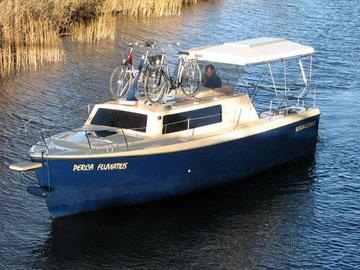 Hausboot WEEKEND 820 LUXUS | 7 Kojen, 1 Bugkabine | ohne Führerschein
