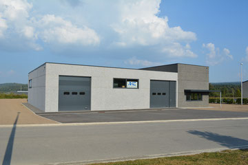 Notre nouveau hall, vue côté atelier.