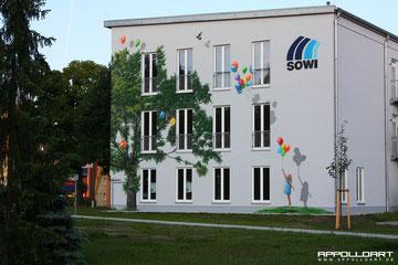 Wandmalerei fassadenmalerei von k nstler in strausberg berlin mit baum illusion auf der fassade - Wandmalerei berlin ...