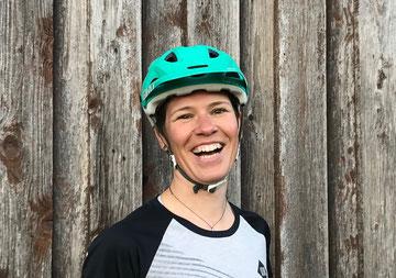 Petra Fässler, MTB Guide, Swiss Cycling, Skilehrer, Swiss Snowsports, Ausbilderin FA, Leidenschaft, Lachen, Spass, Freude am Biken, Ladies Bike