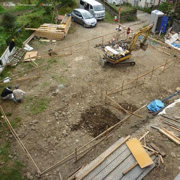 10月10日A棟工事がスタートしました.この住宅2棟は長期優良住宅申請プロジェクトで工期の余裕がほとんどありません.