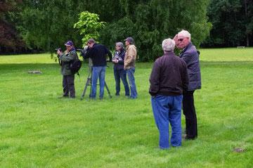 Im Park des Schlosses Monthairons - Vorbereitungen für den Dreh