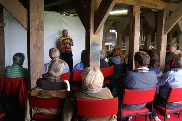 Georges Wenger im Künstlergespräch im Kornspeicher - Foto J. Petersen