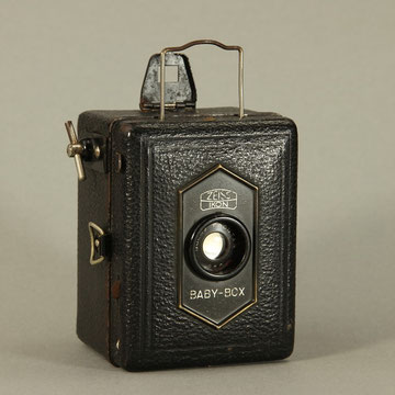 Zeiss Ikon Baby-Box  ©  engel-art.ch