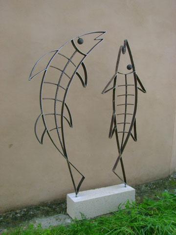 """""""TANZENDE FISCHE"""" (Material:Eisen, Mares, Höhe:1,27m, Breite:0,82m, Preis:390€)"""