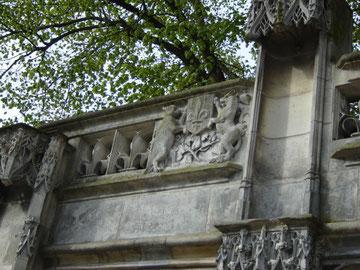 ancienne fontaine de l'Arcis
