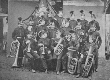 Josef Walcher mit seiner Harmoniemusik im Jahr 1870