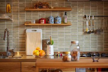 キッチン リノベーション キッチンタイル施工例
