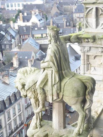 Roi Gradlon en haut de la Cathédrale de Quimper