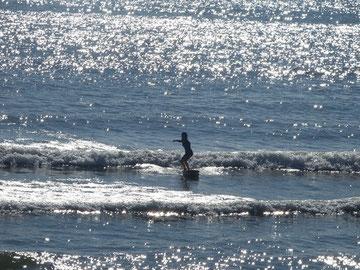 HKRちゃんいい感じに波をつかんで乗れています!