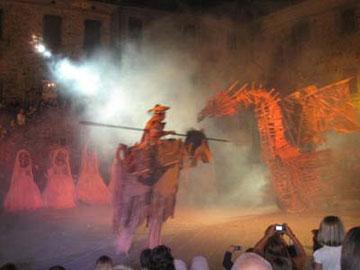 ドラゴンと、騎乗の騎士との闘い!