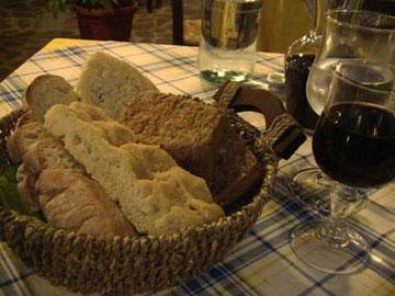 こんだけ種類豊富なパンが出てくることも珍しい。