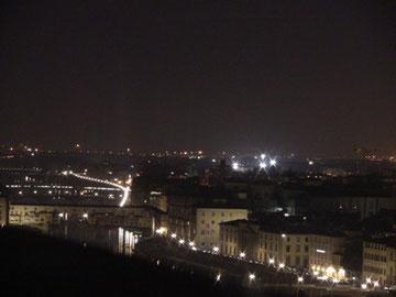 夜のポンテヴェッキォも美しい