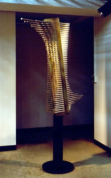 Wave  No.4 <No.K-10>  / 1984 / stainless steel 、brass  / H.130(200)x90x30cm