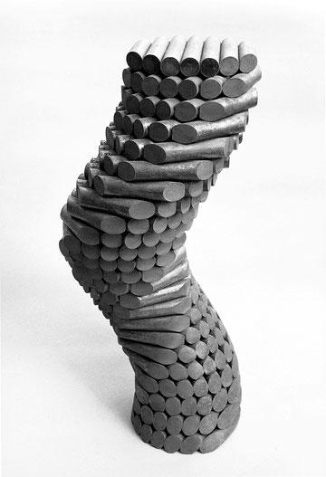 二つの螺旋  <No.K-16>  / 1986 / cor-ten steel(耐候性鋼) / H.55x20x20cm